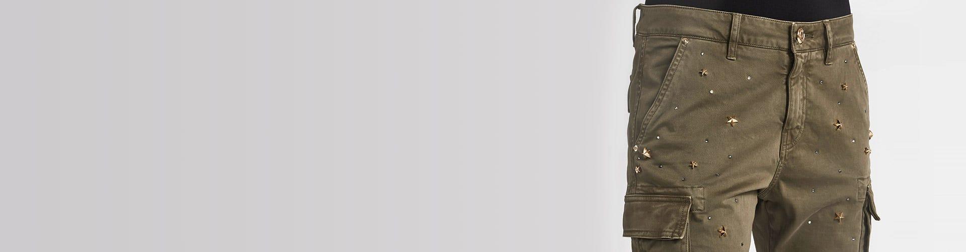 6cdd80a42a27 Čierne a elegantné dámske nohavice – Dámske džínsy – Gaudi
