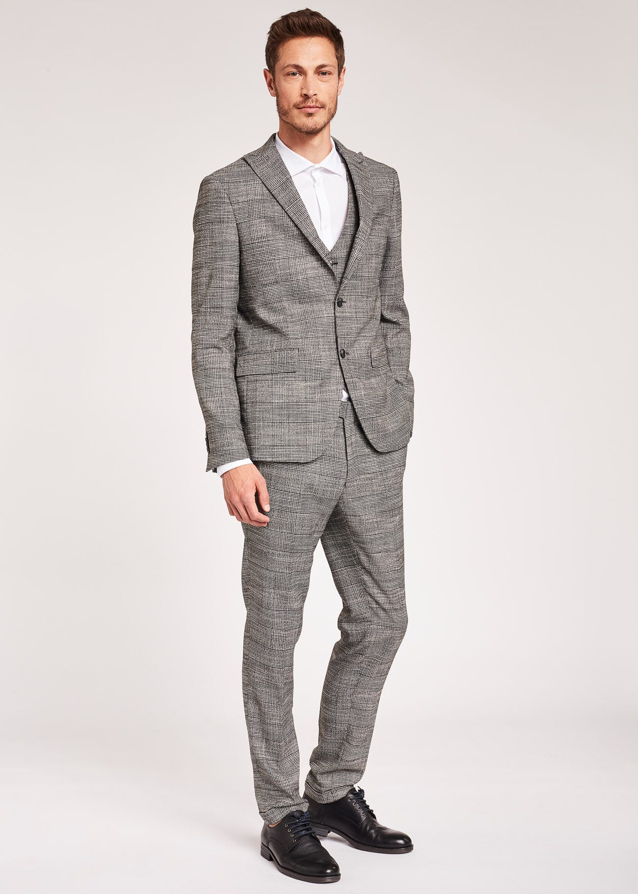 Prince of Wales checked suit