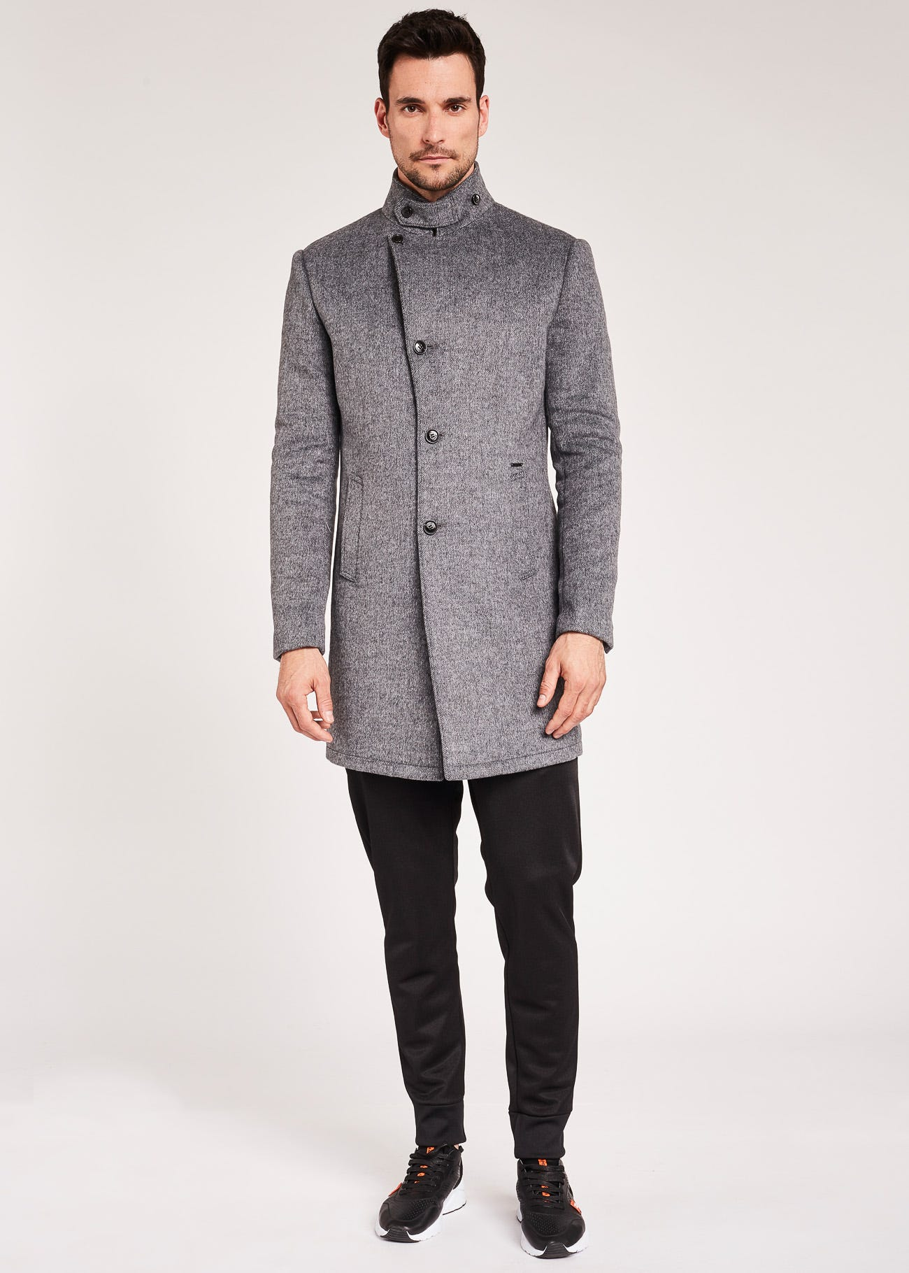Coat with high neck